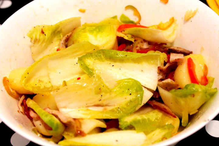 amestecare salata de andive